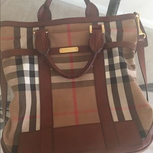 d6a6079c7c82 Burberry Bags - Burberry Kenny tote